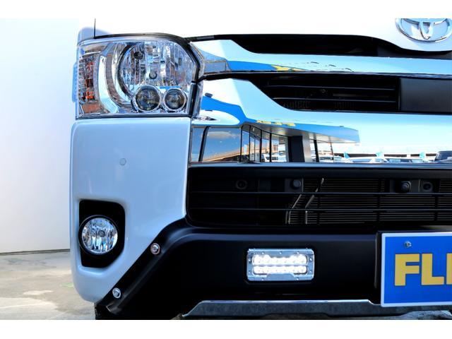 GL ガソリン 4WD 6型 パールホワイト フロントバンパーガード オーバーフェンダー 16インチアルミ オールテレーンタイヤ ベッドキット テーブルキット フロア施工 シートカバー SDナビ ETC(20枚目)