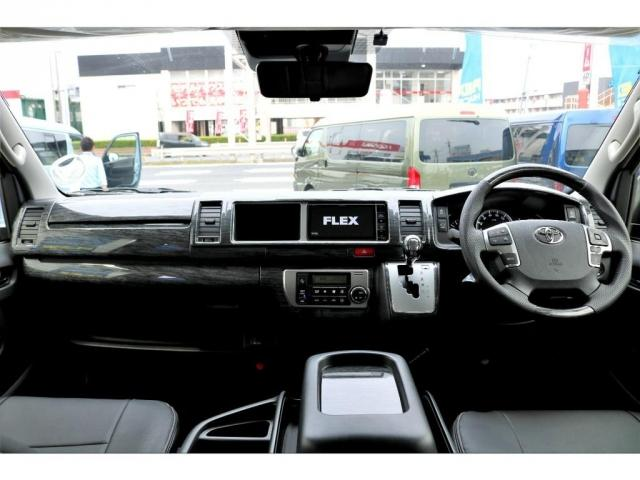 GL ガソリン 4WD 6型 パールホワイト 1.15インチローダウン フロントスポイラー オーバーフェンダー 17インチアルミ H20タイヤ LEDテール ベッド テーブル フロア施工 SDナビ ETC(2枚目)