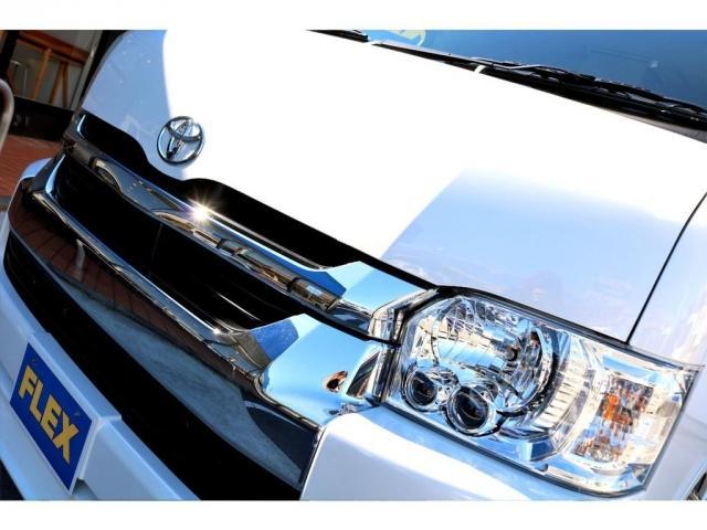 GL ガソリン 4WD 6型 パールホワイト 1.15インチローダウン フロントスポイラー オーバーフェンダー 17インチアルミ H20タイヤ LEDテール ベッド テーブル フロア施工 SDナビ ETC(8枚目)