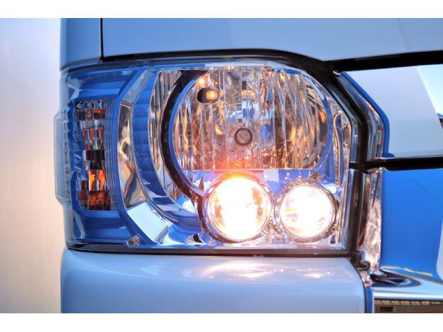 GL ガソリン 4WD 6型 パールホワイト 1.15インチローダウン フロントスポイラー オーバーフェンダー 17インチアルミ H20タイヤ LEDテール ベッド テーブル フロア施工 SDナビ ETC(24枚目)