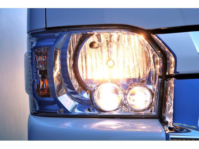 GL ガソリン 4WD 6型 パールホワイト 1.15インチローダウン フロントスポイラー オーバーフェンダー 17インチアルミ H20タイヤ LEDテール ベッド テーブル フロア施工 SDナビ ETC(25枚目)