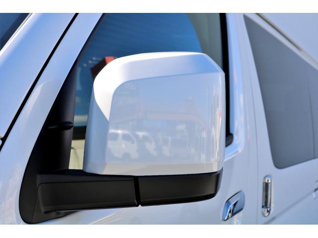 GL ガソリン 4WD 6型 パールホワイト 1.15インチローダウン フロントスポイラー オーバーフェンダー 17インチアルミ H20タイヤ LEDテール ベッド テーブル フロア施工 SDナビ ETC(27枚目)