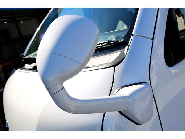 GL ガソリン 4WD 6型 パールホワイト 1.15インチローダウン フロントスポイラー オーバーフェンダー 17インチアルミ H20タイヤ LEDテール ベッド テーブル フロア施工 SDナビ ETC(28枚目)