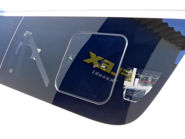GL ガソリン 4WD 6型 パールホワイト 1.15インチローダウン フロントスポイラー オーバーフェンダー 17インチアルミ H20タイヤ LEDテール ベッド テーブル フロア施工 SDナビ ETC(32枚目)
