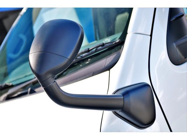 GL ロング ハイエースワゴン GL 2WD パールホワイト Ver1.5 1.5インチローダウン オーバーフェンダー 17インチアルミ LEDテール ベッド テーブル フロア施工 SDナビ ETC フリップダウン(29枚目)