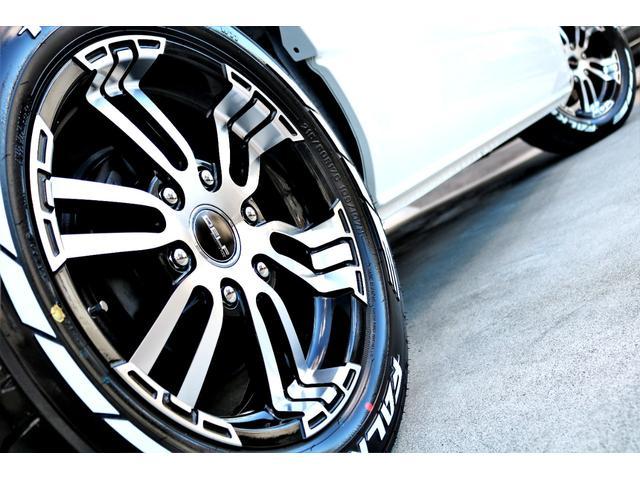 GL ロング ハイエースワゴン GL 2WD パールホワイト Ver1.5 1.5インチローダウン オーバーフェンダー 17インチアルミ LEDテール ベッド テーブル フロア施工 SDナビ ETC フリップダウン(31枚目)