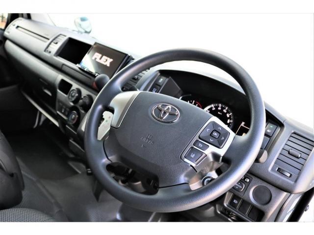 DX ワイド スーパーロング GLパッケージ ハイエースバン DX スーパーロング ディーゼルターボ 4WD 6型 パールホワイト  フロア施工 17インチアルミ オーバーフェンダー フロントスポイラー LEDテールランプ 8インチSDナビ(7枚目)