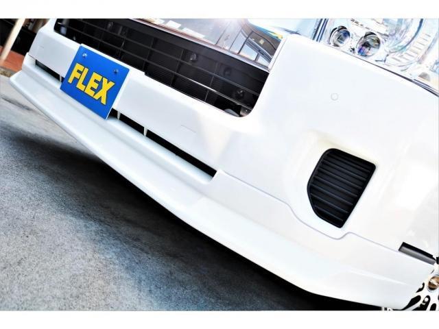 DX ワイド スーパーロング GLパッケージ ハイエースバン DX スーパーロング ディーゼルターボ 4WD 6型 パールホワイト  フロア施工 17インチアルミ オーバーフェンダー フロントスポイラー LEDテールランプ 8インチSDナビ(12枚目)