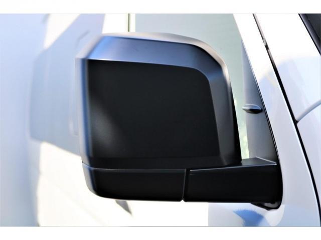 DX ワイド スーパーロング GLパッケージ ハイエースバン DX スーパーロング ディーゼルターボ 4WD 6型 パールホワイト  フロア施工 17インチアルミ オーバーフェンダー フロントスポイラー LEDテールランプ 8インチSDナビ(14枚目)