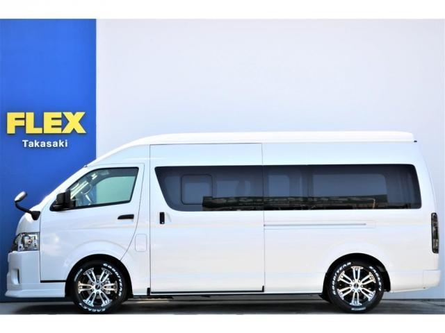 DX ワイド スーパーロング GLパッケージ ハイエースバン DX スーパーロング ディーゼルターボ 4WD 6型 パールホワイト  フロア施工 17インチアルミ オーバーフェンダー フロントスポイラー LEDテールランプ 8インチSDナビ(19枚目)