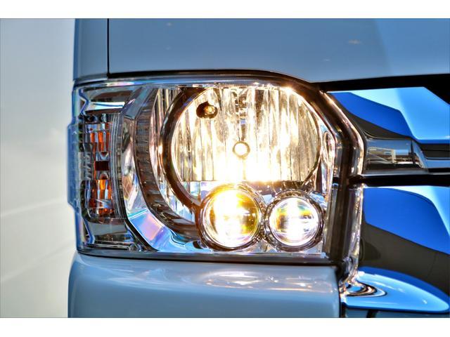 DX ワイド スーパーロング GLパッケージ ハイエースバン DX スーパーロング ディーゼルターボ 4WD 6型 パールホワイト  フロア施工 17インチアルミ オーバーフェンダー フロントスポイラー LEDテールランプ 8インチSDナビ(24枚目)