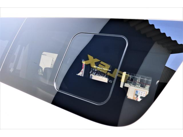 DX ワイド スーパーロング GLパッケージ ハイエースバン DX スーパーロング ディーゼルターボ 4WD 6型 パールホワイト  フロア施工 17インチアルミ オーバーフェンダー フロントスポイラー LEDテールランプ 8インチSDナビ(26枚目)