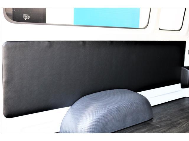DX ワイド スーパーロング GLパッケージ ハイエースバン DX スーパーロング ディーゼルターボ 4WD 6型 パールホワイト  フロア施工 17インチアルミ オーバーフェンダー フロントスポイラー LEDテールランプ 8インチSDナビ(40枚目)
