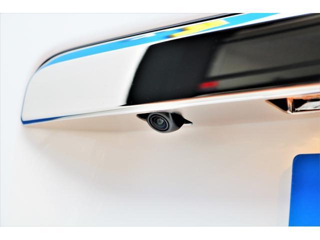 スーパーGL ダークプライムII ロングボディ パールホワイト 4WD 6型 バンパーガード オーバーフェンダー 16インチAW TOYOオープンカントリータイヤ LEDテールランプ  SDナビ(32枚目)