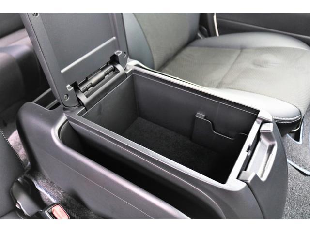 スーパーGL ダークプライムII ロングボディ パールホワイト 4WD 6型 バンパーガード オーバーフェンダー 16インチAW TOYOオープンカントリータイヤ LEDテールランプ  SDナビ(34枚目)