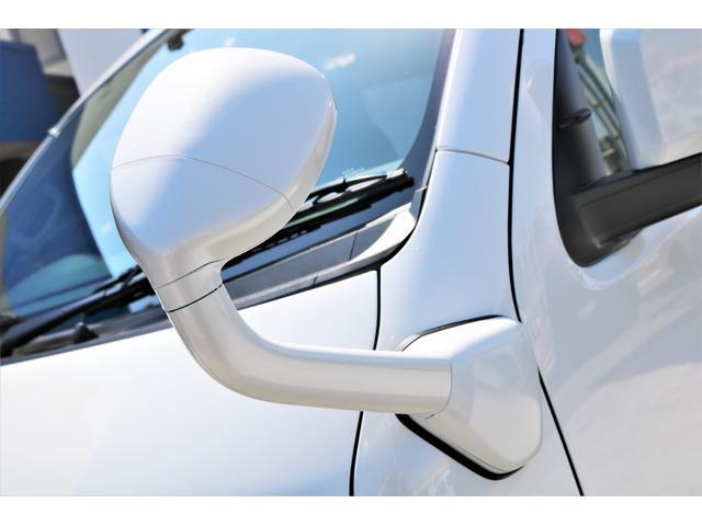 GL ロング ファインテックツアラー 4WD 寒冷地仕様 キャプテンシート トリプルモニター 1.15ローダウン 17インチAW ホワイトレターナスカータイヤ LEDテール ブラックレザー調シートカバー 黒木目インテリア(21枚目)