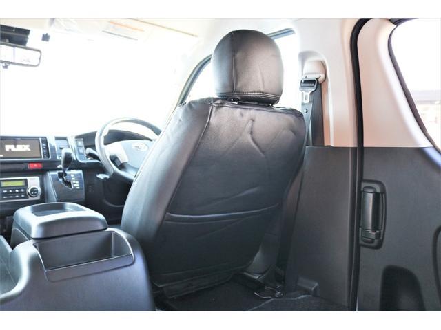 GL ロング ファインテックツアラー 4WD 寒冷地仕様 キャプテンシート トリプルモニター 1.15ローダウン 17インチAW ホワイトレターナスカータイヤ LEDテール ブラックレザー調シートカバー 黒木目インテリア(39枚目)