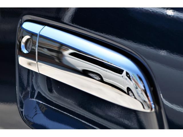 ロングスーパーGL 2WD 4型 TSS付き ダークブルーM フロントスポイラー 17インチAW ホワイトレタータイヤ 1.5ローダウン アルティメットLEDテール シートカバー SDナビ(31枚目)