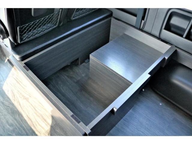 GL ロング 2WD ガソリン 6型 パール 内装架装Ver1 フロントスポイラー オーバーフェンダー 17インチAW 1.5インチローダウン SDナビ フリップD シートカバー(5枚目)
