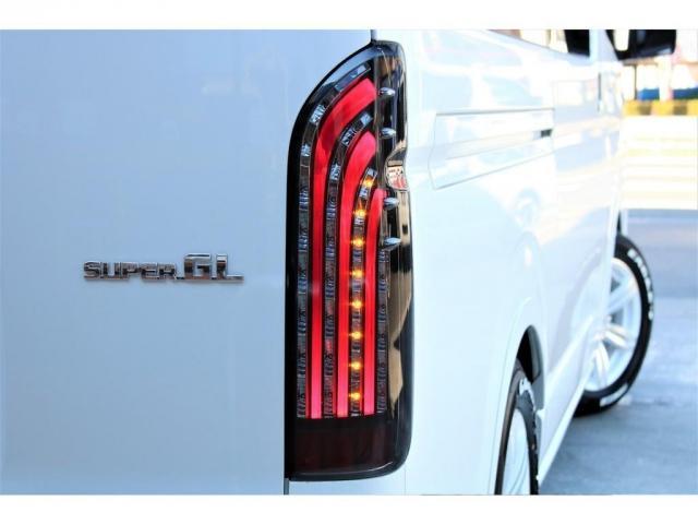 スーパーGL ダークプライムII 2WD ガソリン 6型 フロントスポイラー オーバーフェンダー 17インチAW ヘッドライト(070) ミラーカバー(070) テールランプ SDナビ ビルトインETC(12枚目)