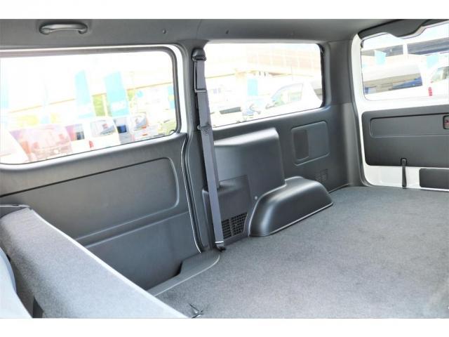 スーパーGL ダークプライムII 2WD ガソリン 6型 フロントスポイラー オーバーフェンダー 17インチAW ヘッドライト(070) ミラーカバー(070) テールランプ SDナビ ビルトインETC(19枚目)