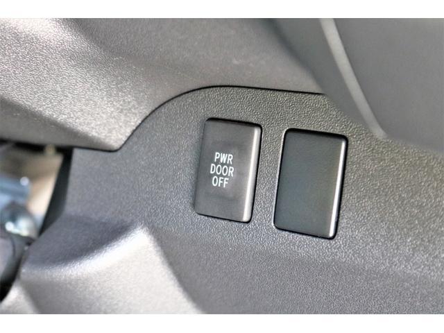 スーパーGL ダークプライムII 2WD ガソリン 6型 フロントスポイラー オーバーフェンダー 17インチAW ヘッドライト(070) ミラーカバー(070) テールランプ SDナビ ビルトインETC(63枚目)
