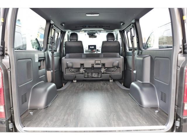 スーパーGL ダークプライムII 6型 DT 4WD ブラック MB塗装 ウィンカーミラー バンパーガード オーバーフェンダー 17AW 1.15インチローダウン LEDテール 床張施工 SDナビ フリップダウンモニター ETC(4枚目)