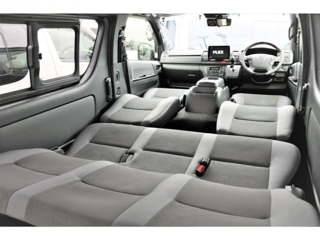 スーパーGL ダークプライムII 6型 DT 4WD ブラック MB塗装 ウィンカーミラー バンパーガード オーバーフェンダー 17AW 1.15インチローダウン LEDテール 床張施工 SDナビ フリップダウンモニター ETC(12枚目)