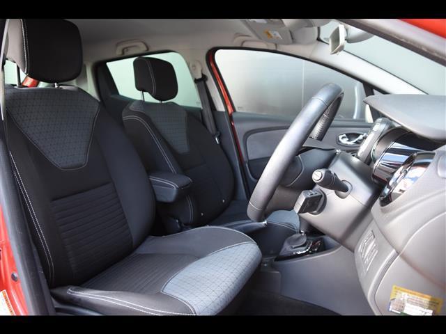 インテンス ワンオーナー クルーズコントロール スピードリミッター オートライト プッシュスタート 純正オーディオ コーナーセンサー ECOモード MTモード付きAT BASSサウンド ETC 取扱説明書 保証書(8枚目)