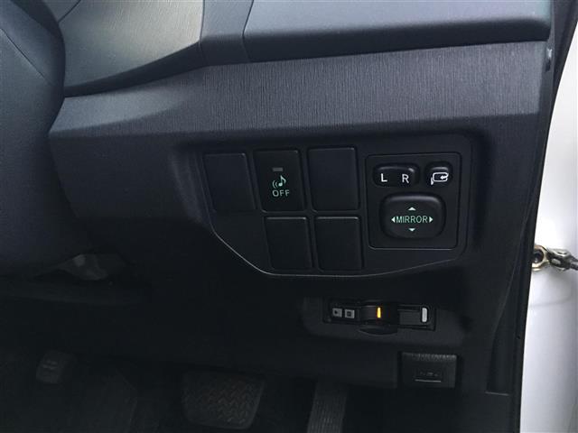 トヨタ プリウス S ワンオーナー 社外メモリナビ ETC HID