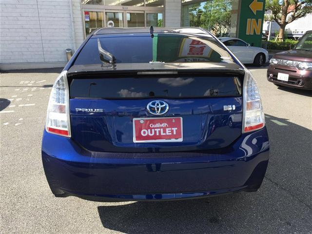 「トヨタ」「プリウス」「セダン」「徳島県」の中古車7