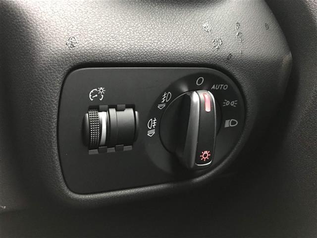 「アウディ」「アウディ A1」「コンパクトカー」「徳島県」の中古車6