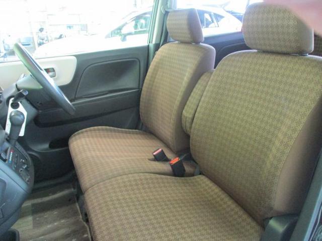 S 修復歴無 フロントベンチシート 2列目分割可倒 パワーステアリング 取扱説明書・保証書 エアバッグ運転席 エアバッグ助手席 EBD付ABS 盗難防止システム 純正7インチメモリーナビ(6枚目)