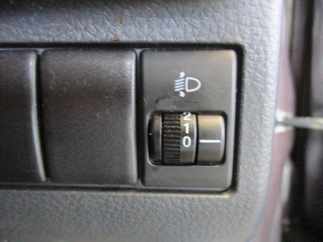 S 修復歴無 フロントベンチシート 2列目分割可倒 パワーステアリング 取扱説明書・保証書 エアバッグ運転席 エアバッグ助手席 EBD付ABS 盗難防止システム 純正7インチメモリーナビ(14枚目)