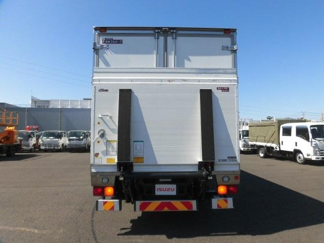 4tクラス ベッドレス 6MT 冷蔵冷凍車(3枚目)
