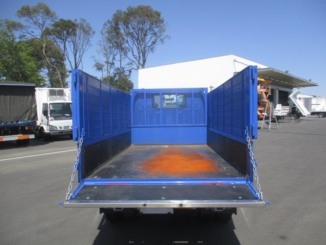フルフラットロー 平ボディ・スムーサー・積載1.550kg・二重アオリ・アオリ穴3ヶ所・助手席側電格ミラー・キーレス・距離19.000km・取説・保証書・新普通免許対応車(8枚目)
