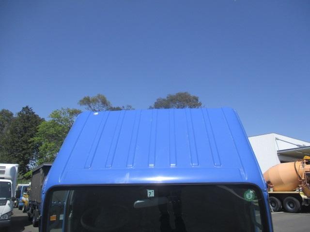 フルフラットロー 平ボディ・スムーサー・積載1.550kg・二重アオリ・アオリ穴3ヶ所・助手席側電格ミラー・キーレス・距離19.000km・取説・保証書・新普通免許対応車(10枚目)