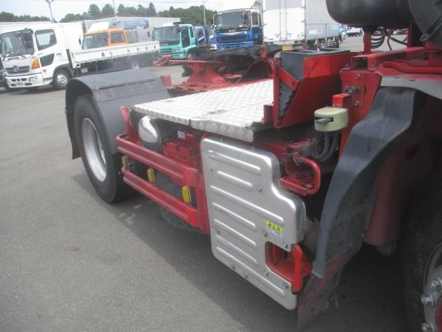 トラクタ SOHSHIN製カプラ・第五輪荷重11.500kg・ハイルーフ・助手席側電格ミラー・キーレス・距離362.000km・7MT(12枚目)