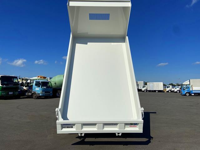 ダンプ 6MT・新明和強化1方開・積載3.750kg・助手席側電格ミラー・距離14.000km・取説・保証書(9枚目)