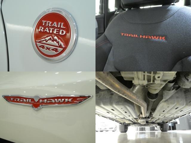 「トレイルホーク」は「レネゲード」のラインナップで唯一の4WDモデル。フロントフェンダーパネルには「TRAIL RATED」のバッジ搭載車!!