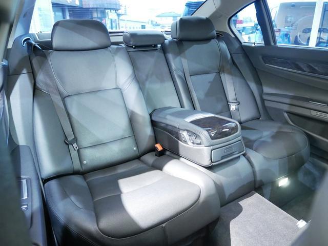 「BMW」「7シリーズ」「セダン」「埼玉県」の中古車13