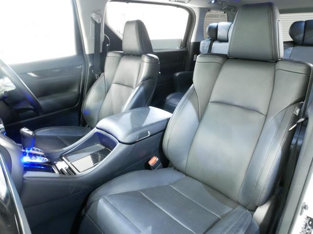 SR Cパッケージ セーフティセンス 黒革 エグゼクティブシート 両側電動 モデリスタエアロ マフラー OP9型ナビ 後席モニター パノラミックビュー 純18AW JBLサウンド シーケンシャル Rクルーズ Pバックドア(12枚目)