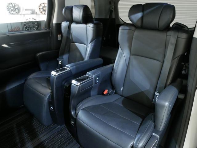 SR Cパッケージ セーフティセンス 黒革 エグゼクティブシート 両側電動 モデリスタエアロ マフラー OP9型ナビ 後席モニター パノラミックビュー 純18AW JBLサウンド シーケンシャル Rクルーズ Pバックドア(13枚目)
