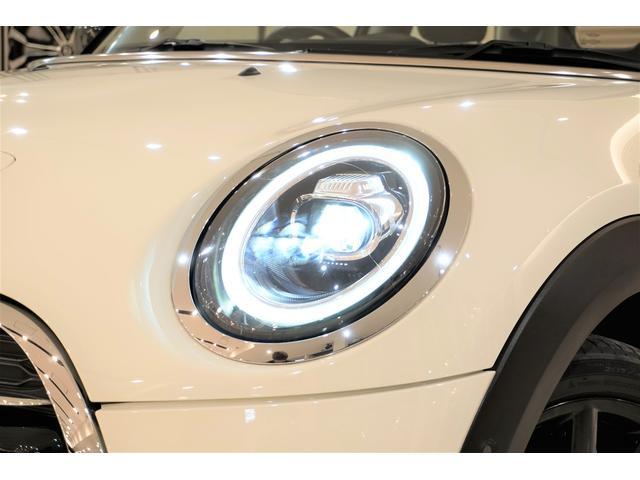 クーパーS 6速マニュアル インタークーラーターボ ワンオーナー レーダークルコン 衝突軽減ブレーキ ワンオフマフラー 純正マフラー有 スマートキー プッシュスタート 純正17AW 純正ナビ Bluetooth(10枚目)