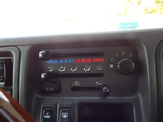 クラシック スーパーチャージャー 4WD キーレス 5速MT(18枚目)
