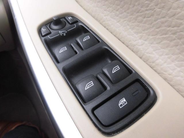 「ボルボ」「XC60」「SUV・クロカン」「千葉県」の中古車23