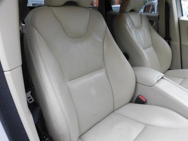 「ボルボ」「XC60」「SUV・クロカン」「千葉県」の中古車28