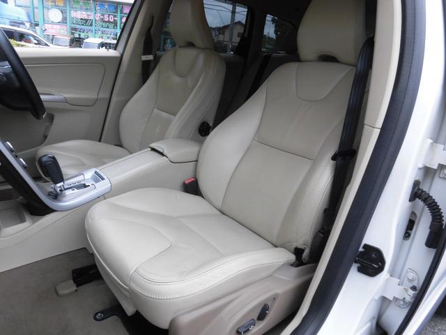 「ボルボ」「XC60」「SUV・クロカン」「千葉県」の中古車30