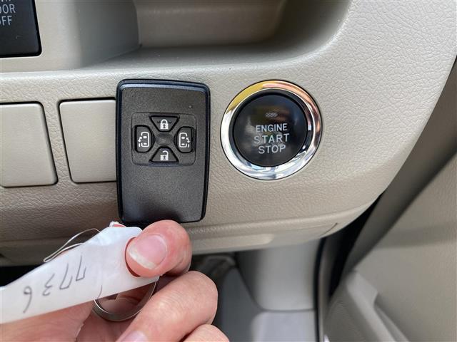 X Lセレクション 禁煙車 スマートキー 社外SDナビ フルセグ CD DVD Bluetooth バックカメラ 両側パワースライドドア HIDヘッドライト オートライト ビルトインETC(6枚目)