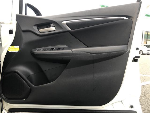 13G・Lパッケージ 4WD 社外メモリナビ(AVN-G03)(DTV/CD/DVD/AM/FM) LEDヘッドライト クリアランスソナーアイドリングストップ スマートキー プッシュスタート 横滑り防止装置(31枚目)